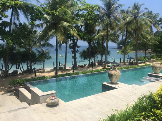 Trisara Phuket: Just outside the bar overlooking the pool and beach