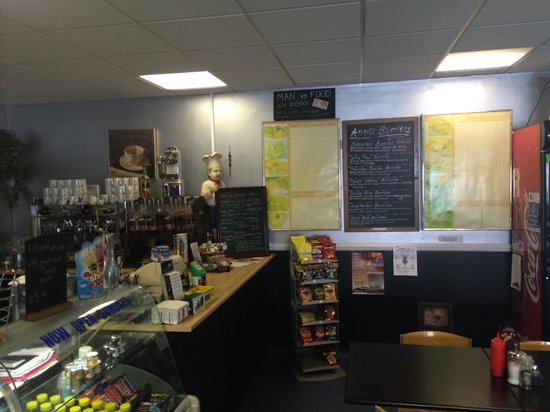 Angels Cafe: Dining room
