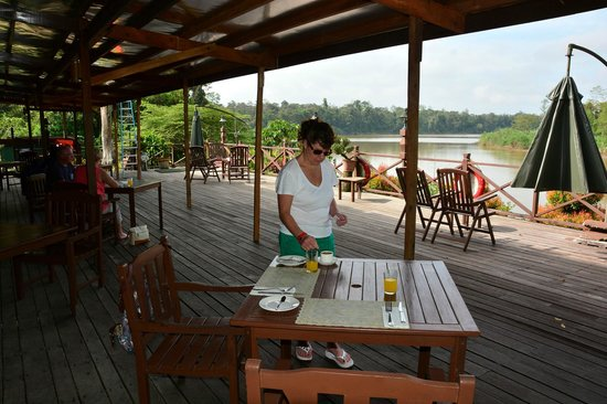 Myne Resort : Viewing veranda deck and Meal area