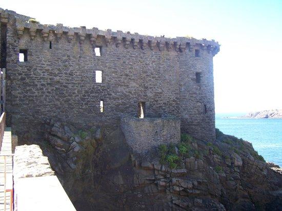 Vieux-château de Île d'Yeu : le chateau