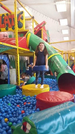Mill Rythe Holiday Village : play centre