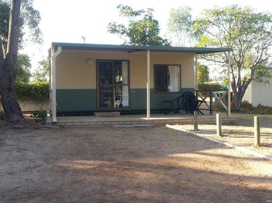 Kojonup Caravan Park: Cabin