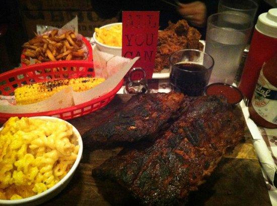 Georgia's Eastside BBQ : BBq !!!! Yeahhhh
