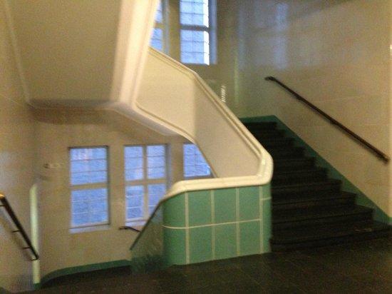 Ellington Hotel Berlin: Escaleras del hotel