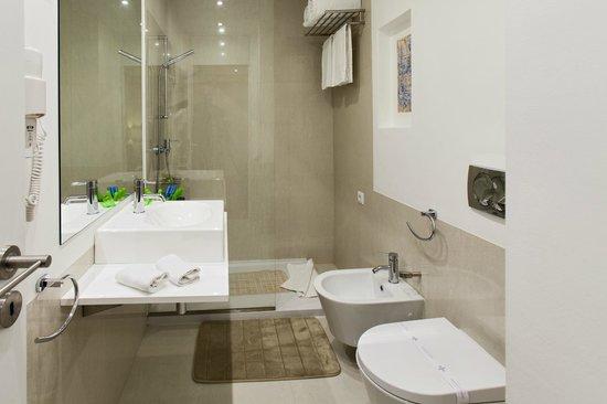 Casas do Porto - Ribeira Apartments: Bath Room