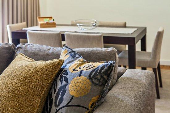 Casas do Porto - Ribeira Apartments: Living Room