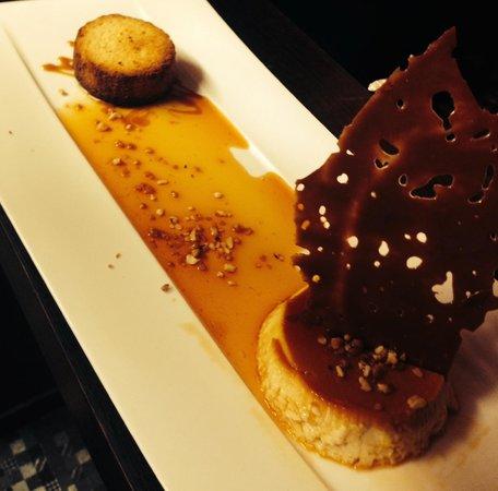 Aux Fourneaux : Flan caramel au lait de coco et son sablé Breton