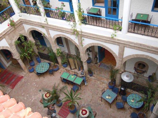 Riad Al Madina : Vue sur le patio du 2ème étage