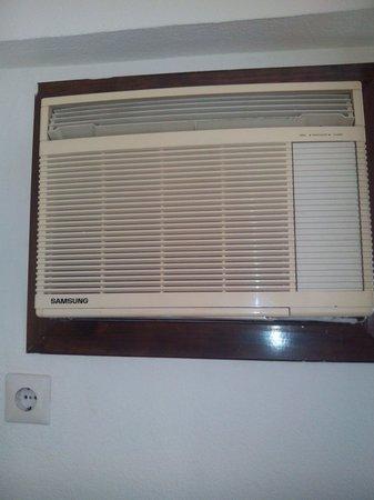 La Barracuda Hotel : Aire acondicionado habitacion