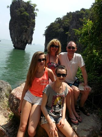 Two Sea Tour: Jame's Bond island