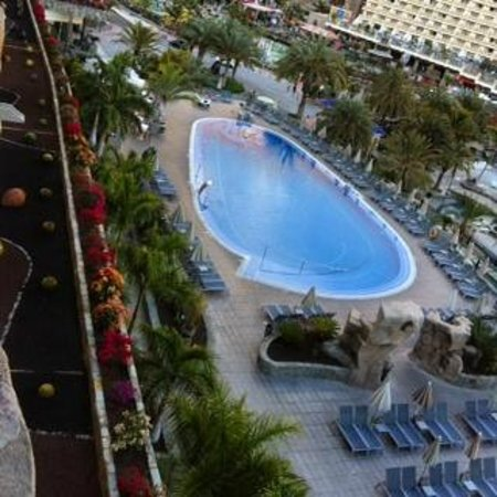 Paradise Valle Taurito: Vista de la piscina desde la habitación.
