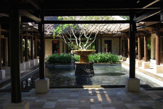 Conrad Bali: Hotel Shopping