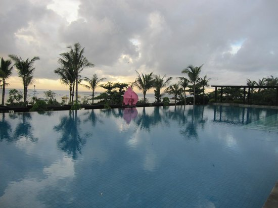 Fairmont Sanur Beach Bali: pool