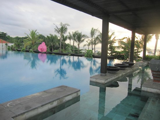Fairmont Sanur Beach Bali: Swimming pool