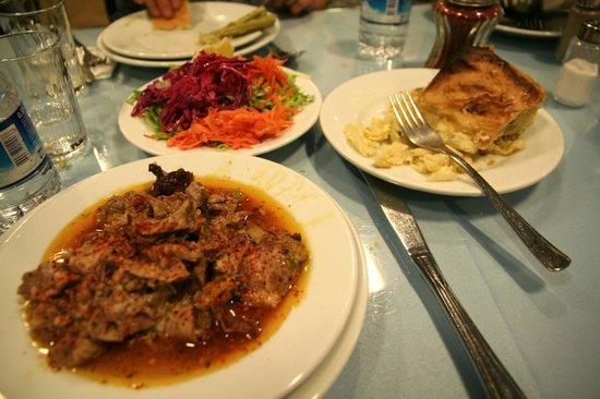 Kanaat Lokantasi : Essen