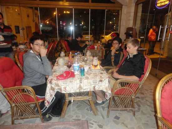 Old Cappadocia Cafe & Restaurant: group ..
