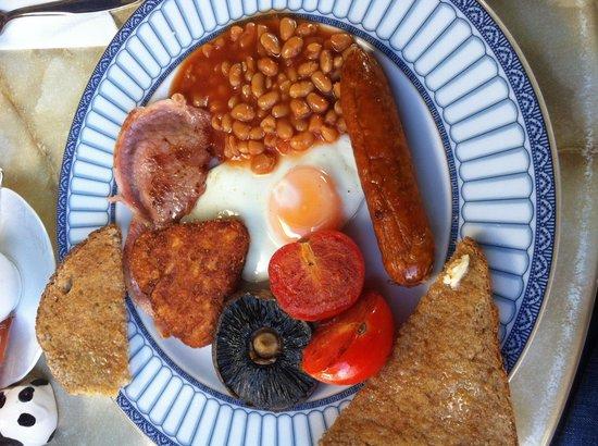 Harriet's Tea Room and Restaurant: Un completo desayuno inglés de buena calidad