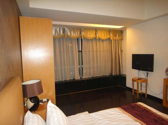 Nomo Grand Continental Service Apartment: номер на 32-м этаже