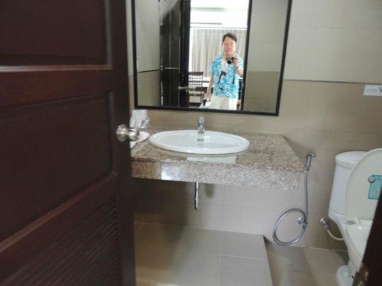 Phavina Serviced Residence: Sink