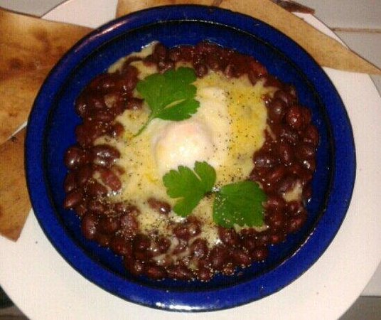 Little Kitchen on the bay: Chilli beans with poached egg and grilled cheese. Served with crispy tortilla chips...yum!!