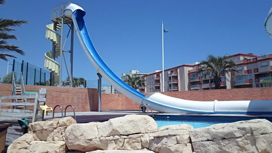 Camping Club Mar Estang : Water slide