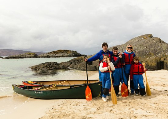 Wilderness Guides Day Tours: Guided canoe trip