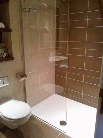Kingsmills Hotel: Shower