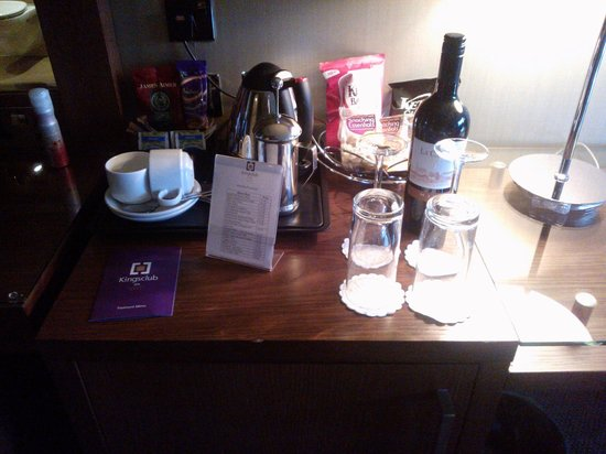 Kingsmills Hotel: Mini bar