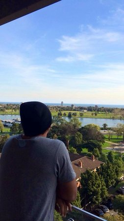 Seasons Heritage Melbourne: Enjoying the view of Albert Park Lake from the balcony