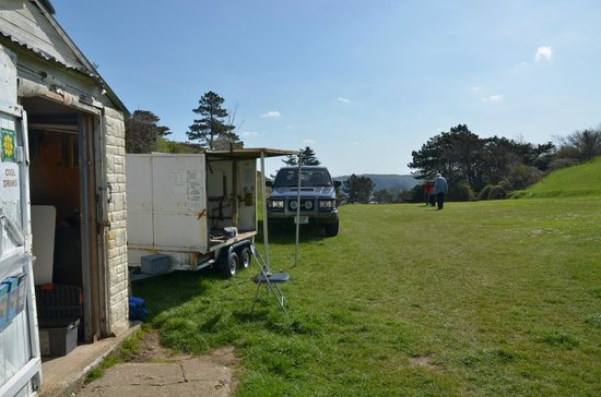 Great Orme Family Golf: Equipment storage