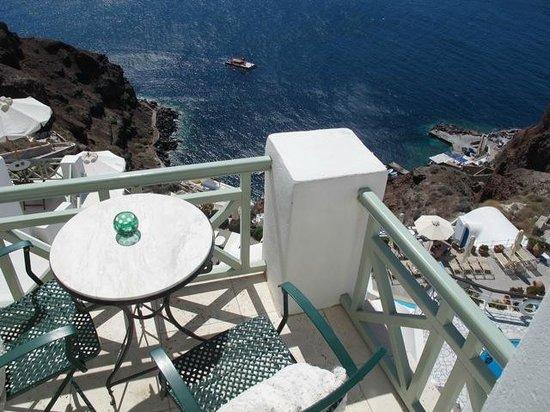 Fanari Villas: Looking down from balcony