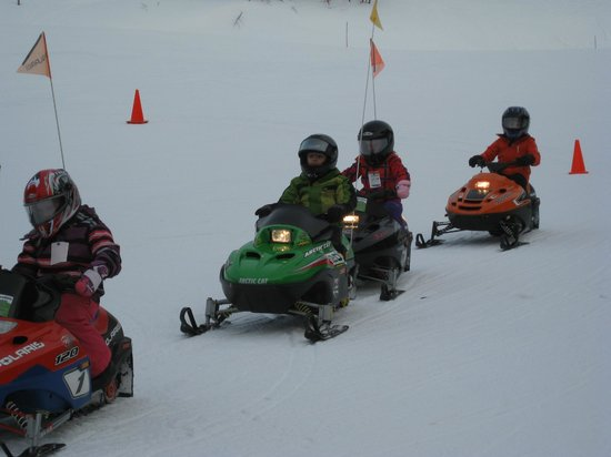 Smugglers' Notch Resort : Mini Snowmobile Rides