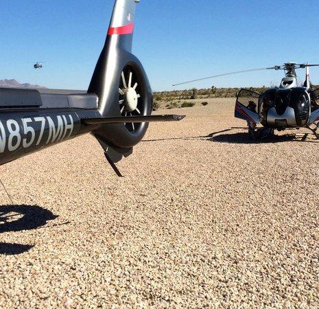 strip view picture of maverick helicopters las vegas. Black Bedroom Furniture Sets. Home Design Ideas