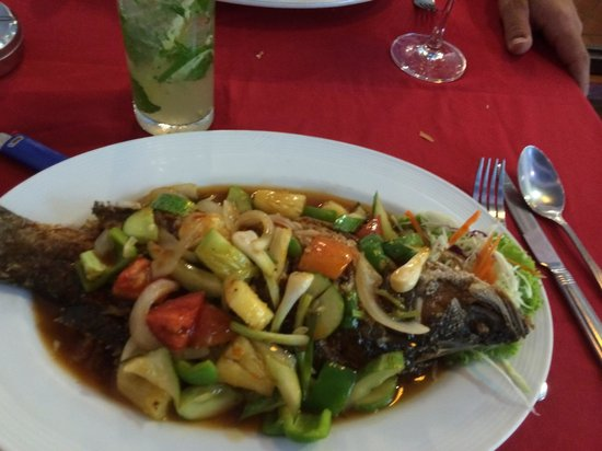 "Sea Hag Restaurant: Poisson ""aigre douce"""
