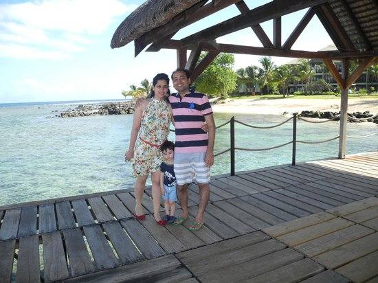 InterContinental Mauritius Resort Balaclava Fort: glass bottom boat the other activities at hotal