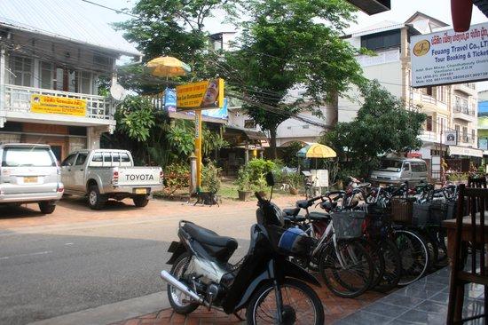 Funky Monkey Hostel: Outside the hostel