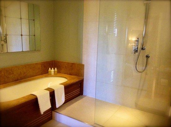 Calcot Manor: Chester Room (£280 incl. breakfast & VAT: mid-week, mid April 2014)