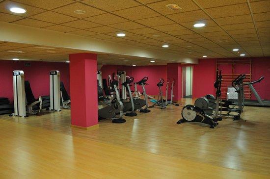 Mon Port Hotel & Spa: *Fitnessbereich