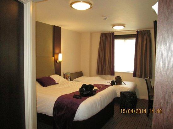 Premier Inn Bath City Centre Hotel: Beauitful room
