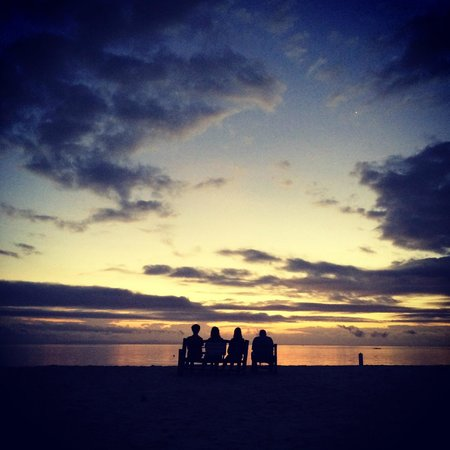 AABANA Beach & Watersport Resort: Sunrise