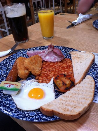 The Cribbar: Nice standard traditional breakfast