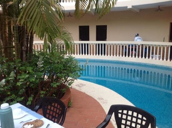 Le Flamboyant Hotel: piscine de l'hotel