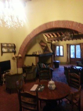 Al Giardino degli Etruschi: salone