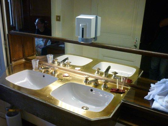 Citotel Marie Stuart : Room 22 bathroom