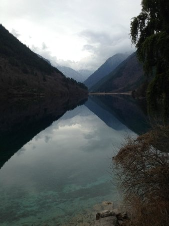Jiuzhaigou Natural Reserve : Enjoying beauty in its true colors and sophistication