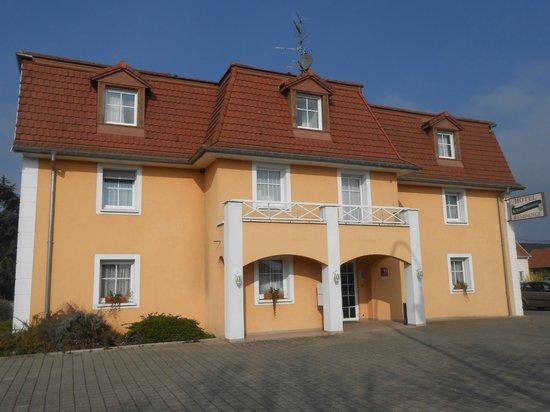 Hotel au Vieux Marronnier