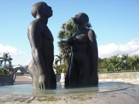 Emancipation Park : Monumento