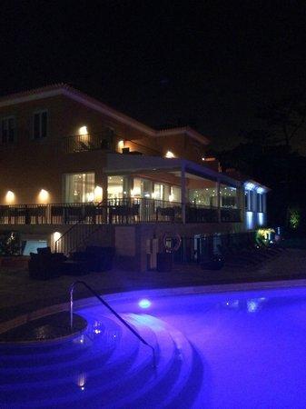 Senhora da Guia Cascais Boutique Hotel : l'extérieur la nuit