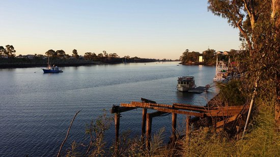 Grunske's: Downstream early evening