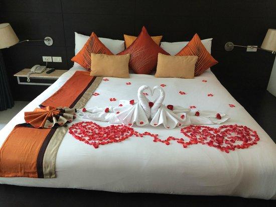 Aree Tara Resort: honeymoon decoration